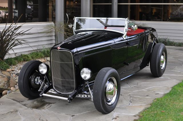 Ford Roadster 1932 photo - 7