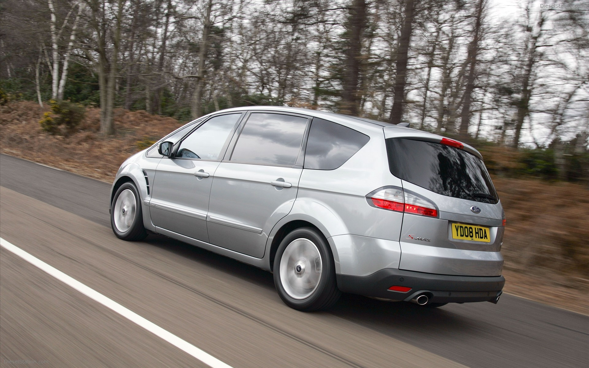 Ford S-max 2009 photo - 2