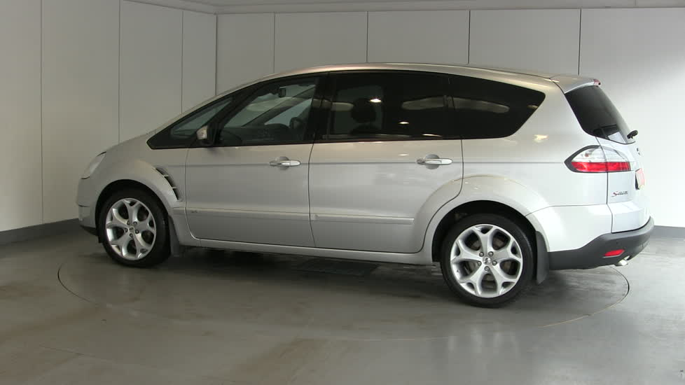 Ford S-max 2009 photo - 9