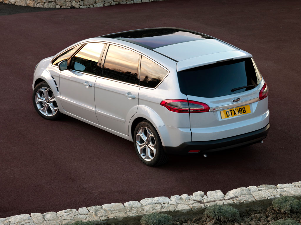 Ford S-max 2010 photo - 5