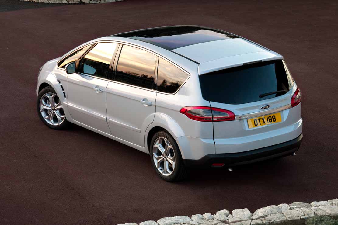 Ford S-max 2010 photo - 6