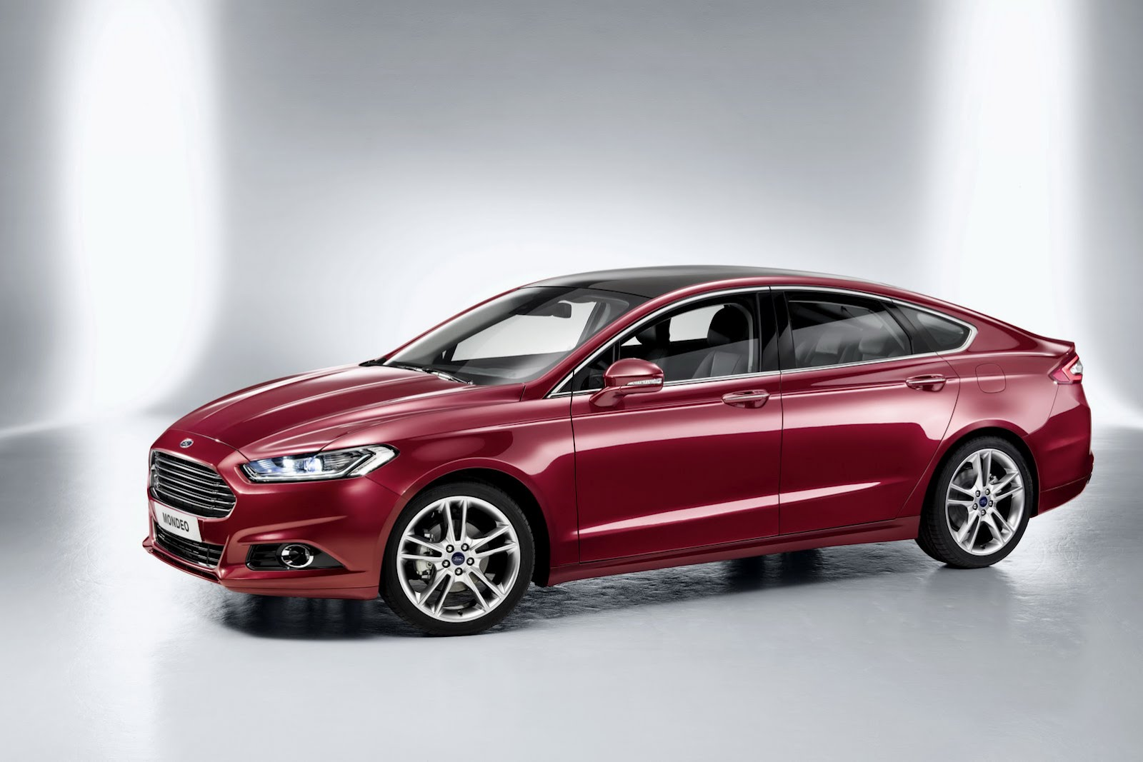 Ford S-max 2013 photo - 3