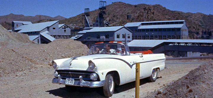 Ford Sunliner 1955 photo - 7