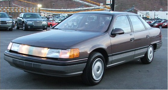 Ford Taurus 1987 photo - 4