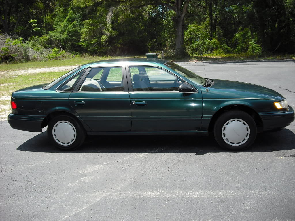 Ford Taurus 1993 photo - 5