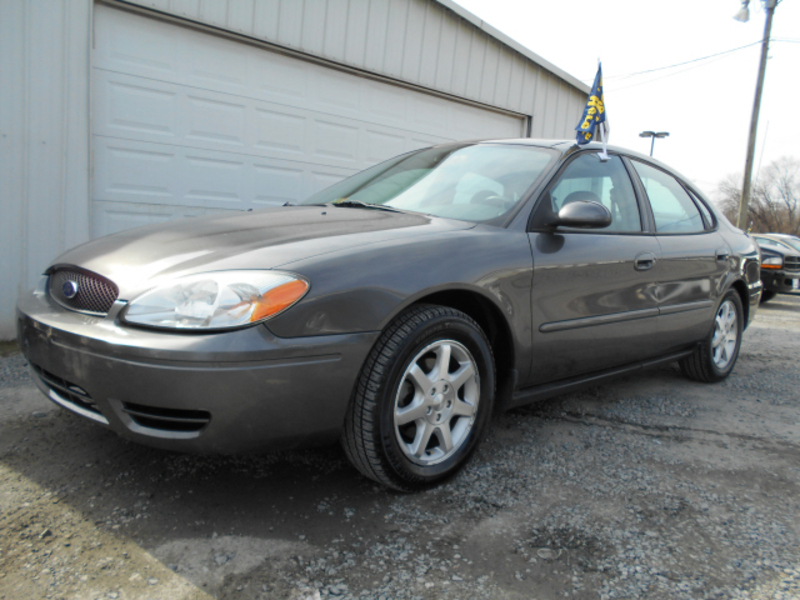 Ford Taurus 2005 photo - 8