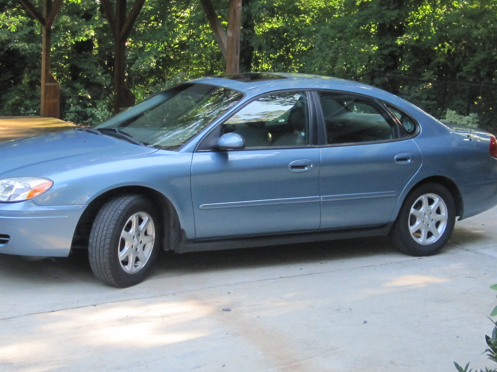 Ford taurus 2006 photo 4