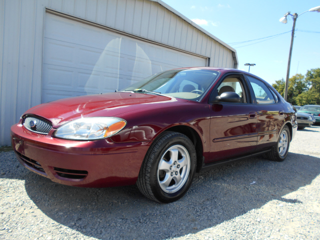 Ford Taurus 2006 photo - 6
