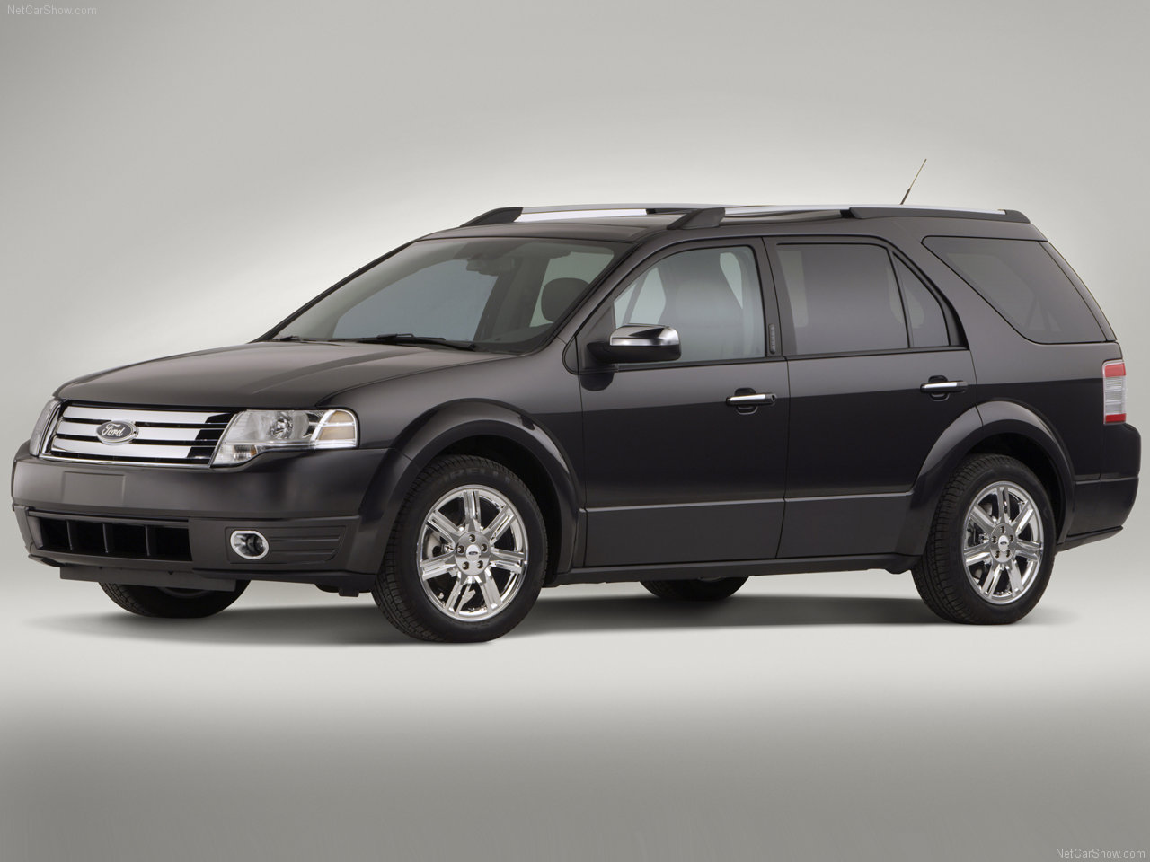 Ford Taurus 2008 photo - 7