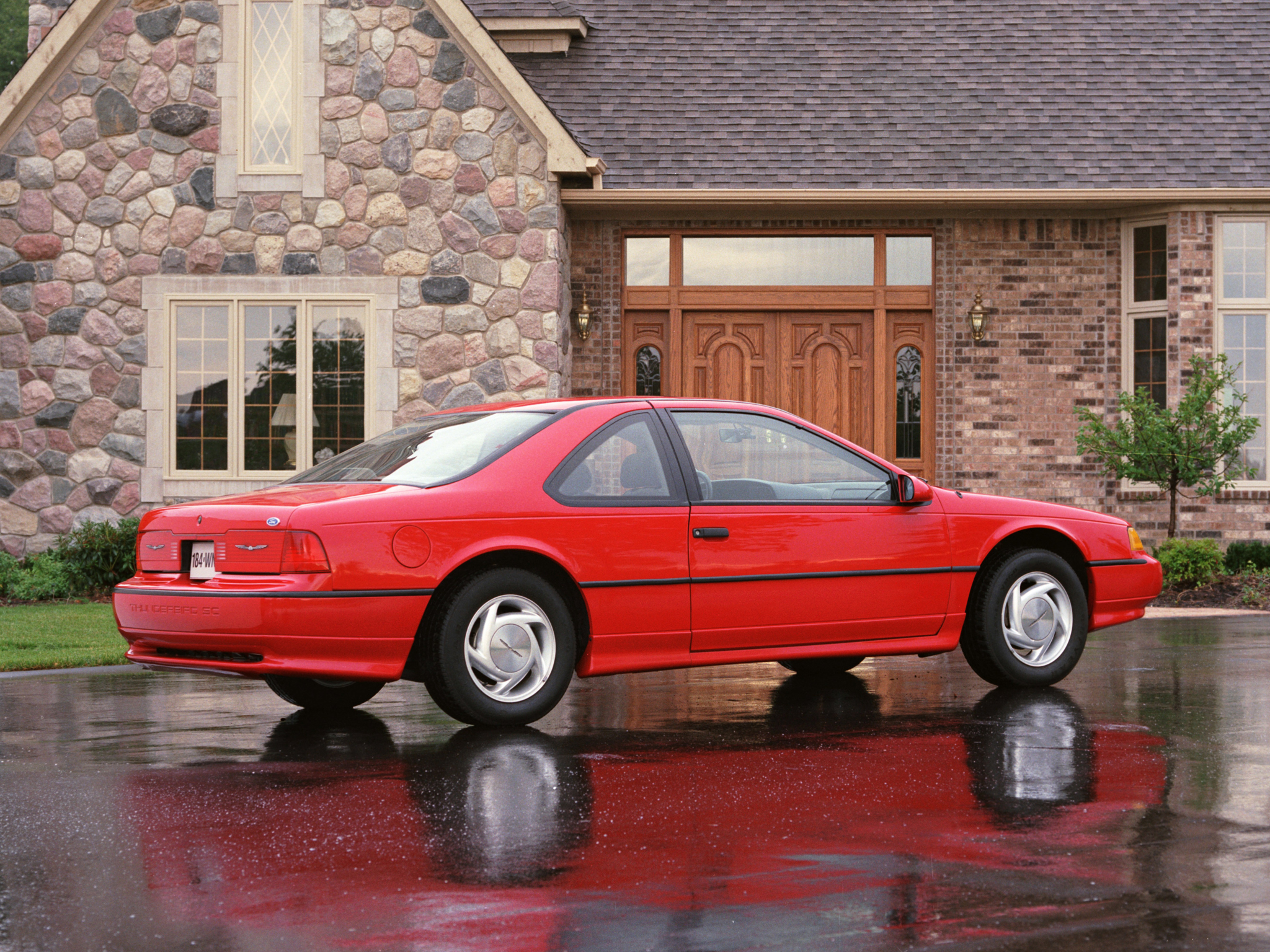Ford Thunderbird 1989 photo - 3