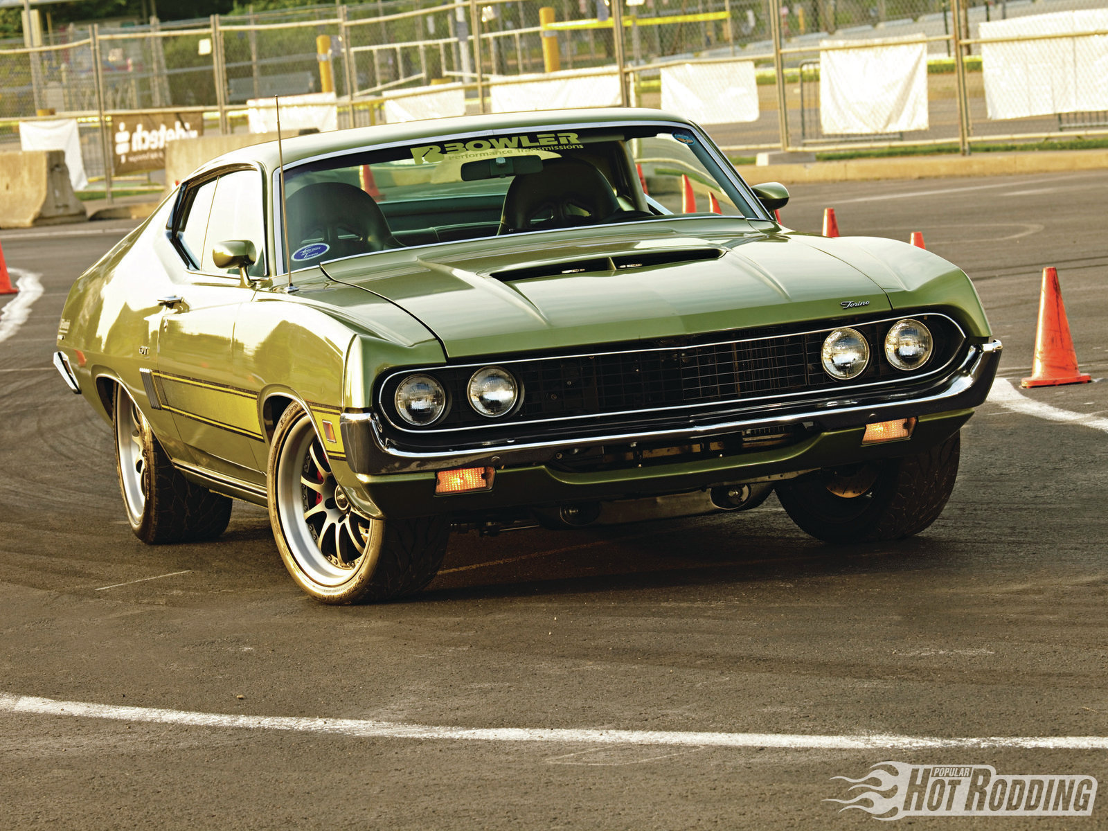 Ford Torino 2015 photo - 9