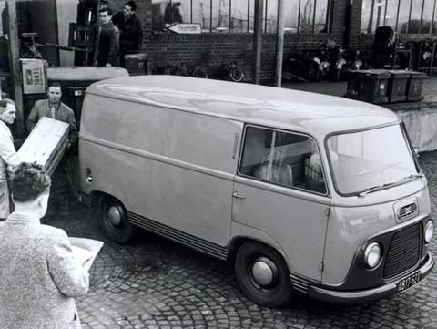 Ford Transit 1968 photo - 3