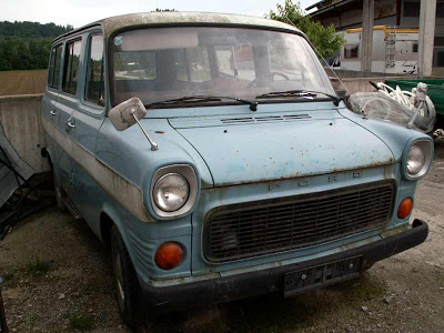 Ford Transit 1975 photo - 3