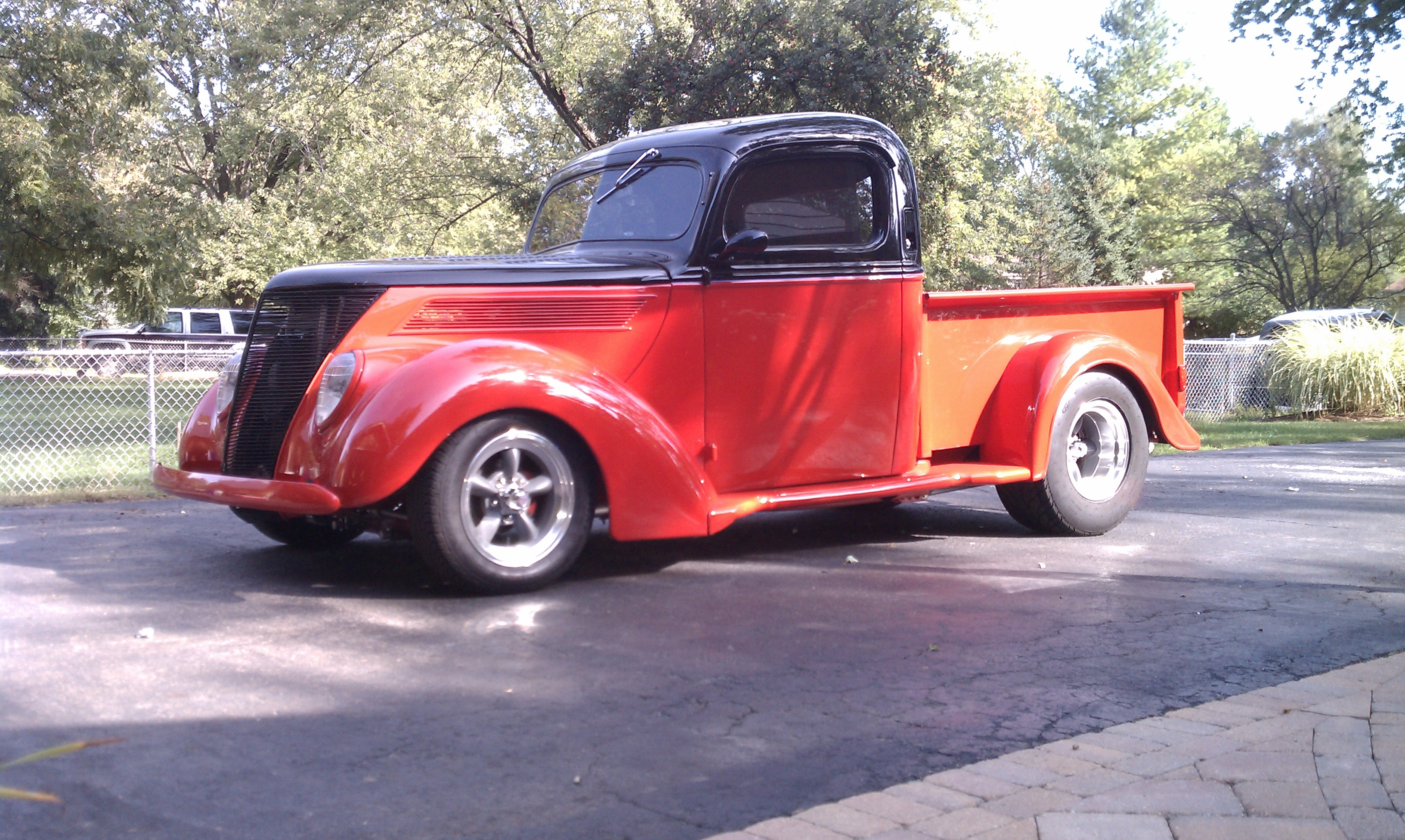 Ford Truck 1937 photo - 9