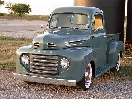 Ford Truck 1948 photo - 6