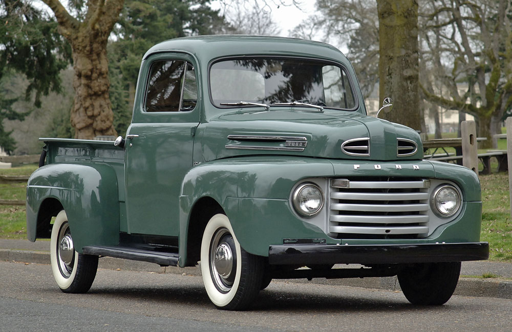 Ford Truck 1949 photo - 1
