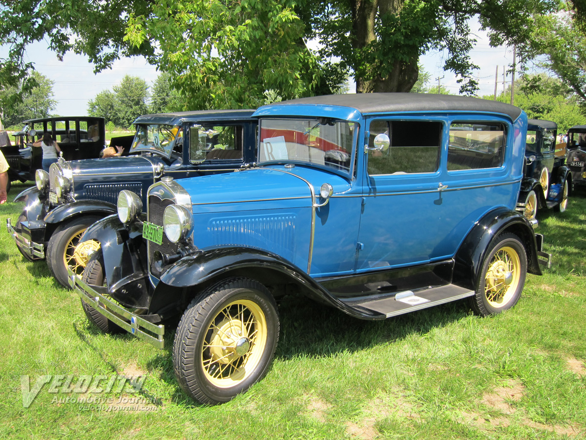 Ford Tudor 1931 photo - 4