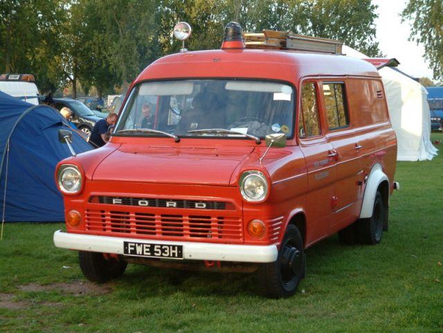 Ford Van 1970 photo - 3