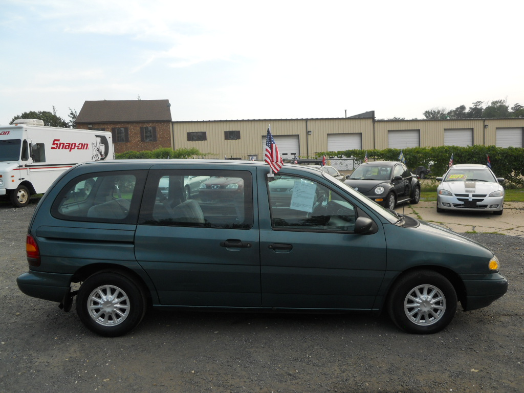 Ford Windstar 1995 photo - 6