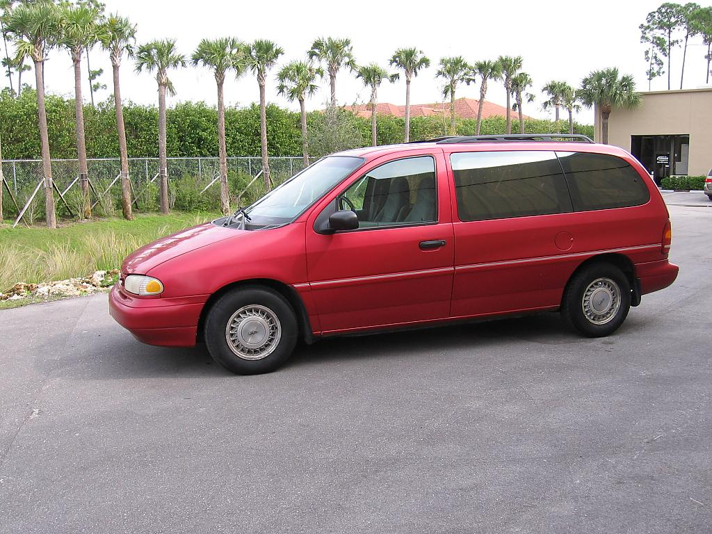 Ford Windstar 2000 photo - 6