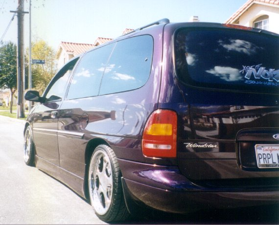 Ford Windstar 2000 photo - 7