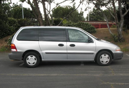 Ford Windstar 2001 photo - 1