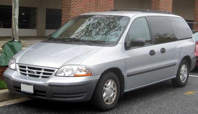 Ford Windstar 2010 photo - 6