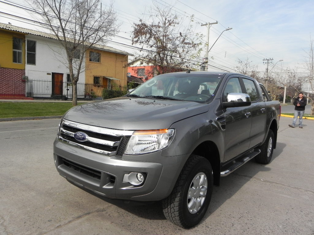 Ford XLT 2012 photo - 7