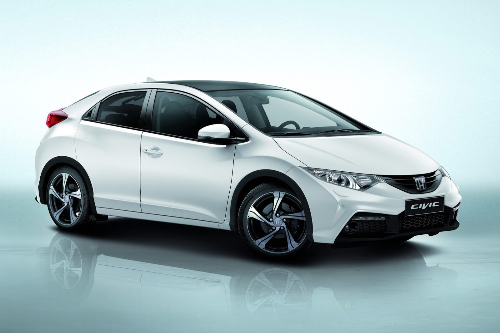 Honda Civic 2014 photo - 3