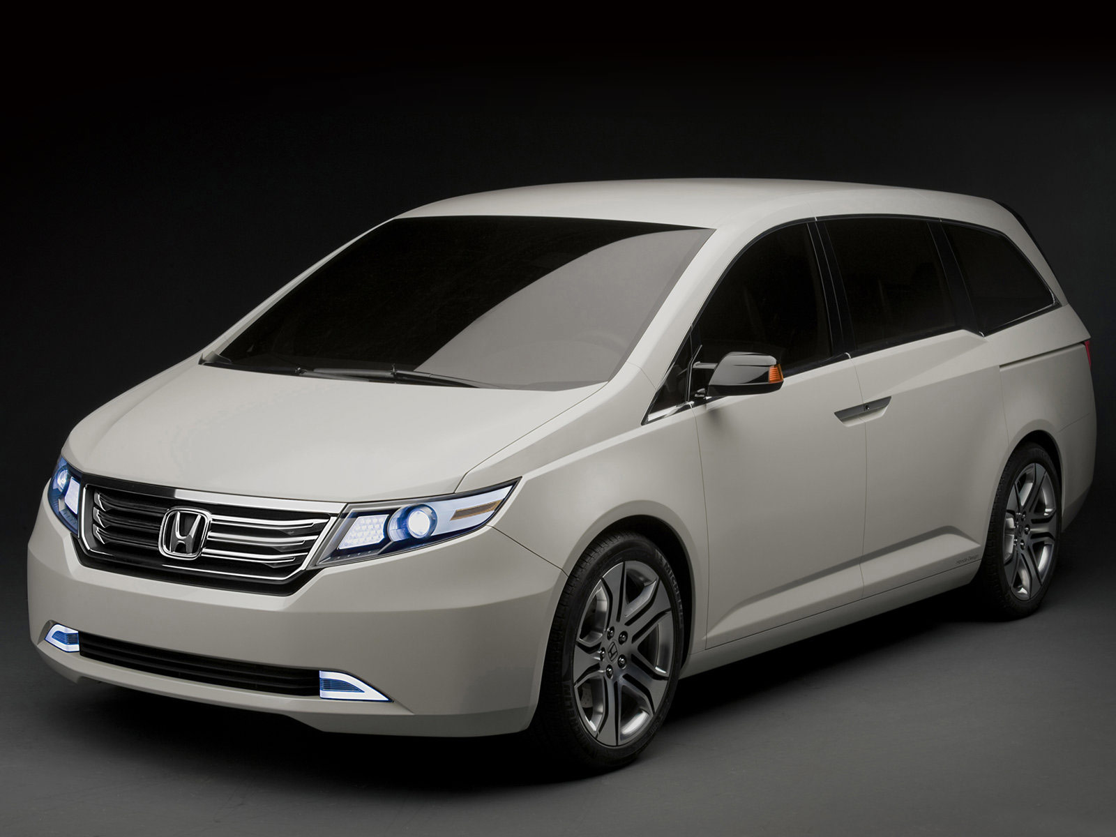 Honda Van 2013 photo - 3