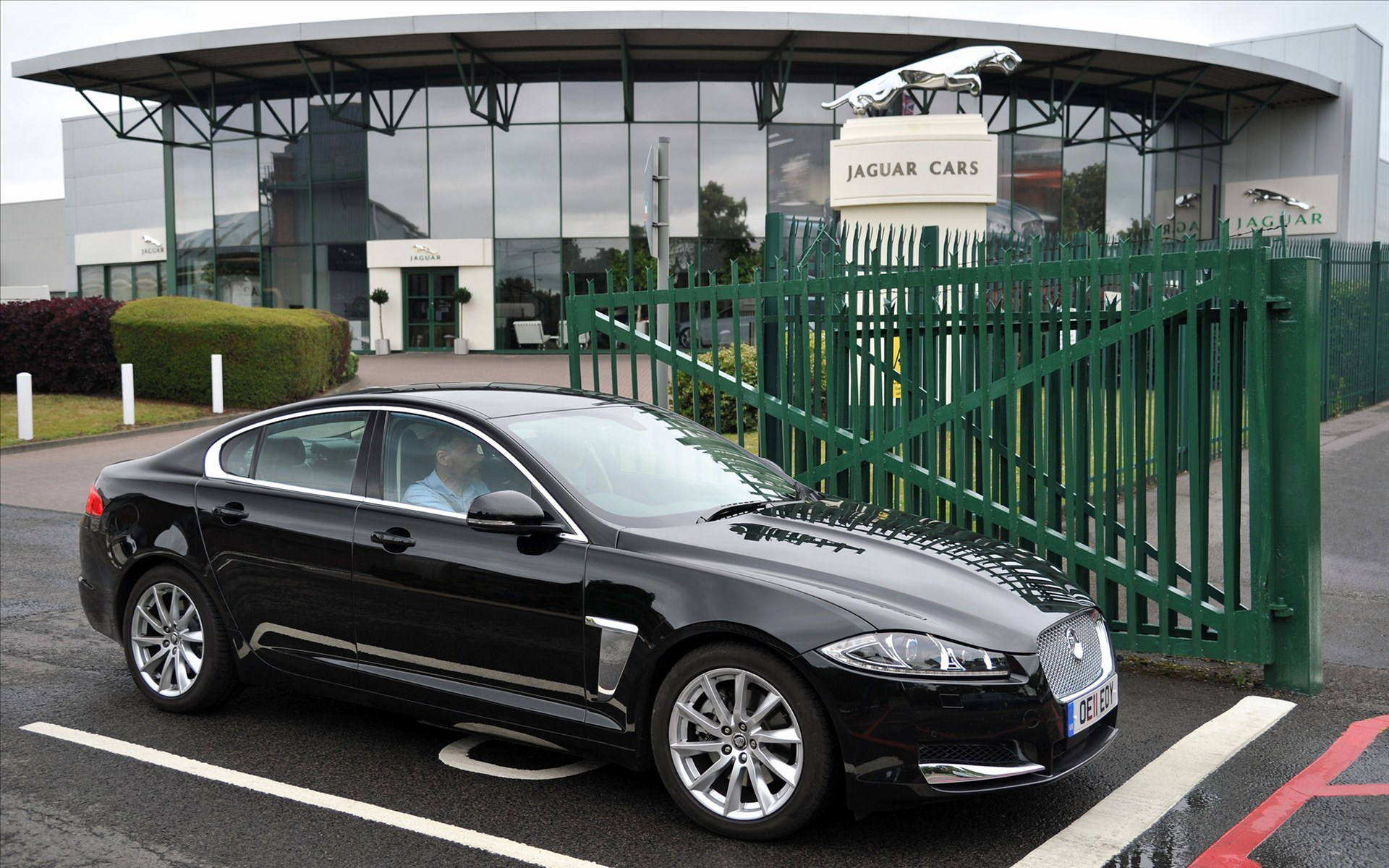 Jaguar XF Review Amazing Pictures And Images Look At The Car - 2012 jaguar xfr review