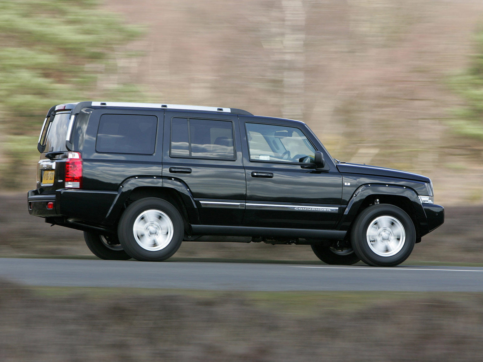 Jeep Commander 2007 photo - 3