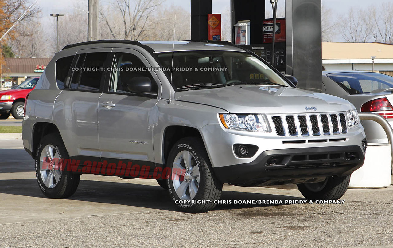 Jeep Compass 2010 photo - 2