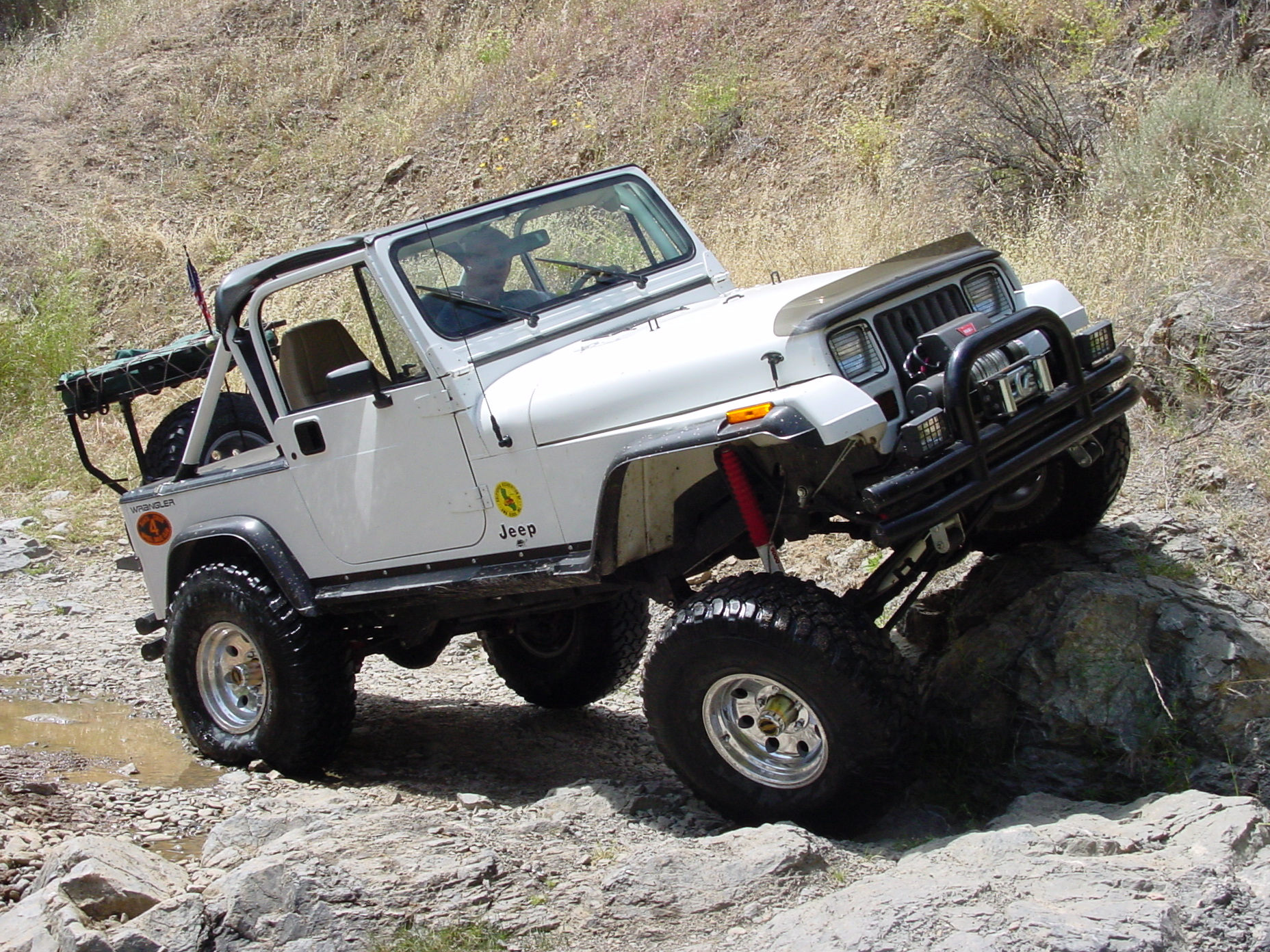 Jeep Laredo 2003 photo - 2