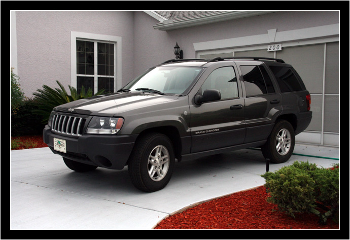 Jeep Laredo 2004 photo - 1