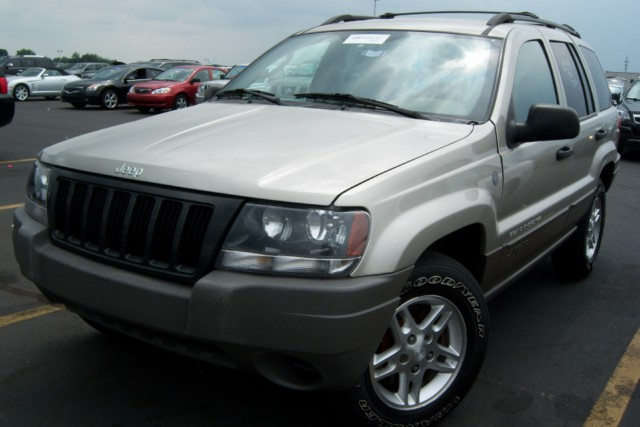Jeep Laredo 2004 photo - 3