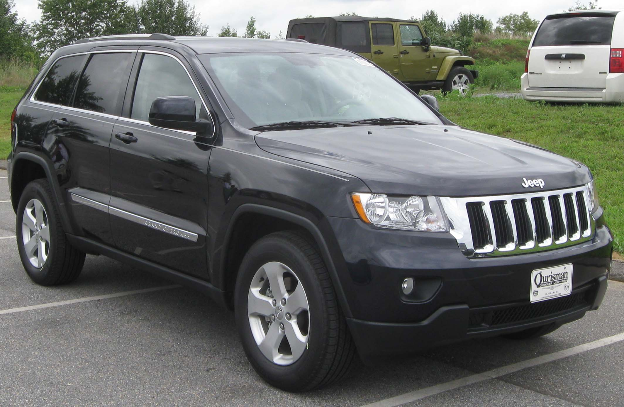 Jeep Laredo 2010 photo - 1