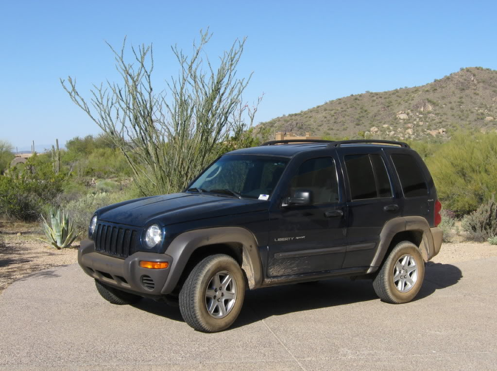Jeep Liberty 2002 photo - 2