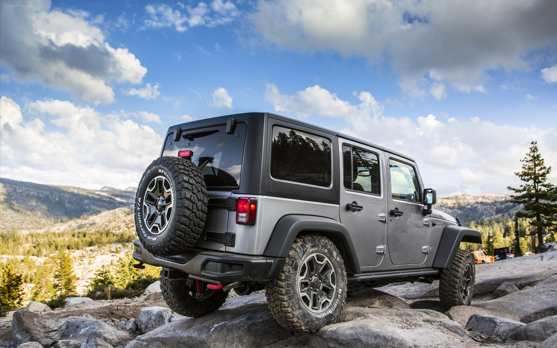 Jeep Rubicon 2015 photo - 3