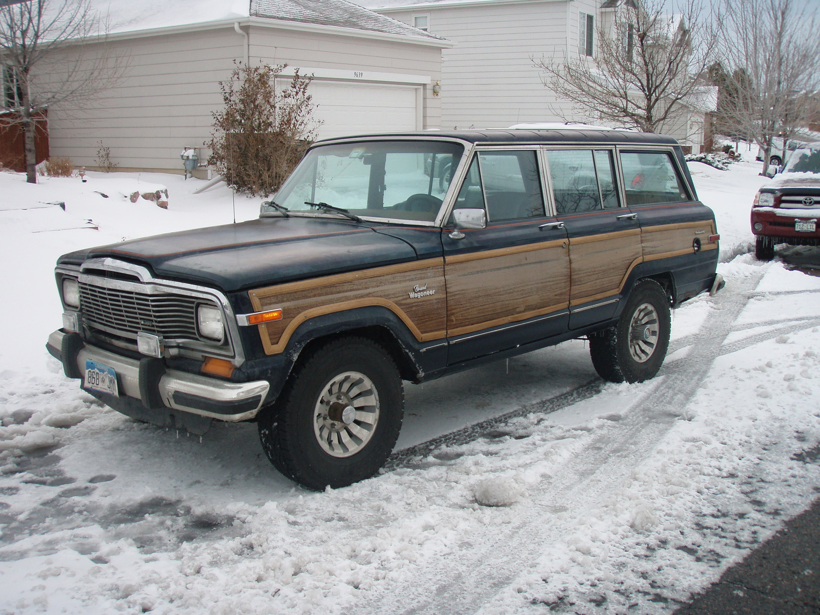 Jeep Wagoneer 1984 photo - 2