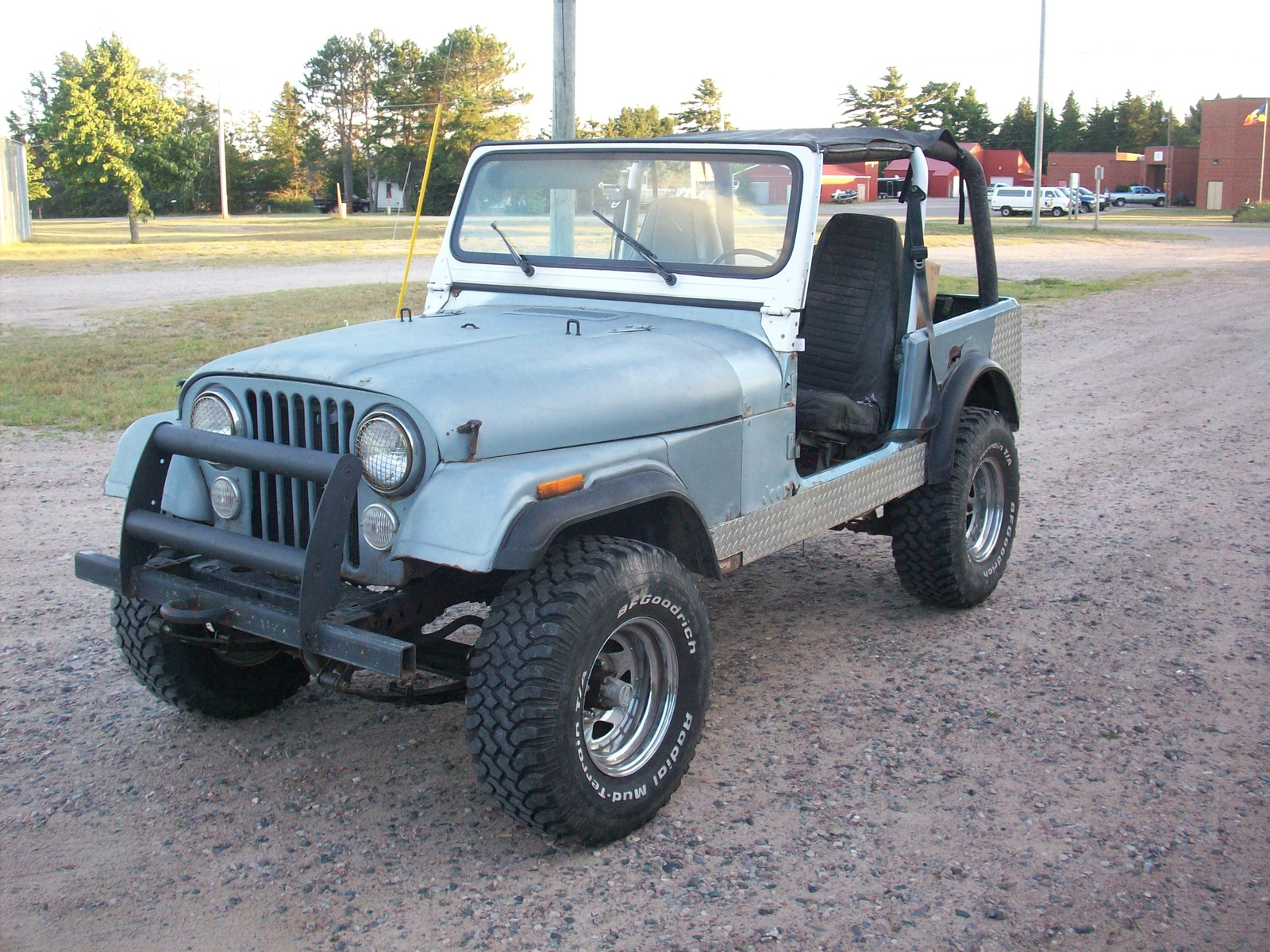 Jeep Wrangler 1985 photo - 1