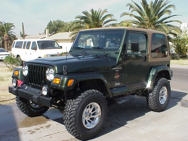 Jeep Wrangler 2000 photo - 1