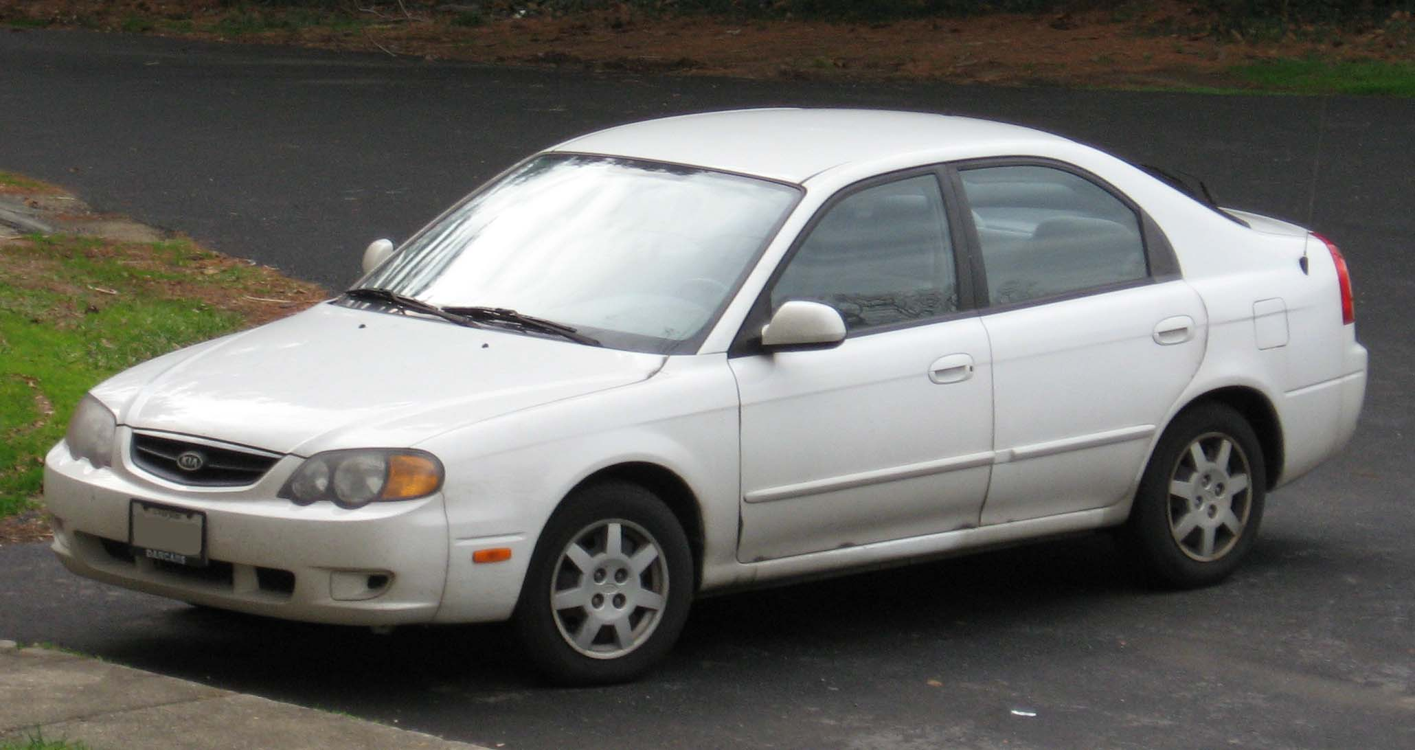 Kia Sephia 2002 photo - 1