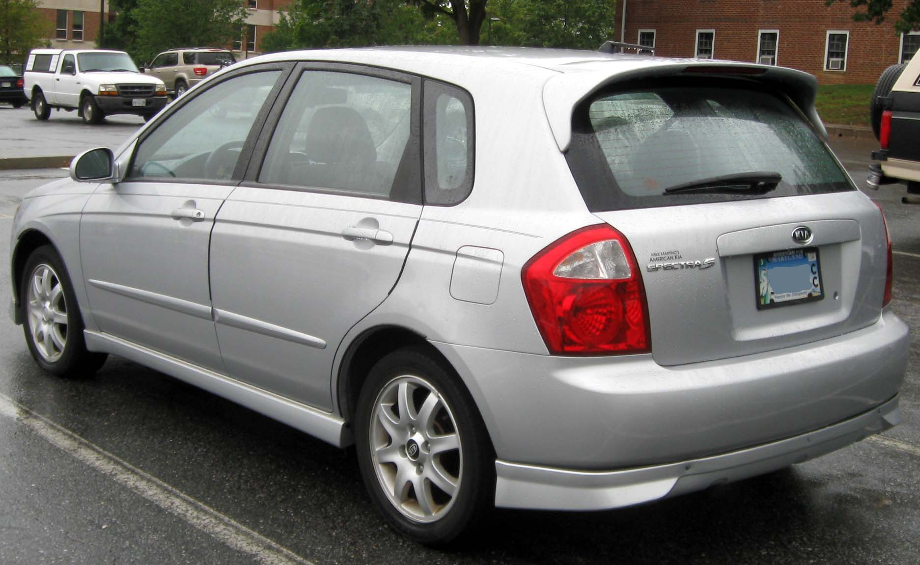 Kia Spectra5 2006: Review, Amazing Pictures and Images ...
