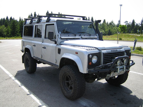 Land Rover Defender 1988 photo - 3