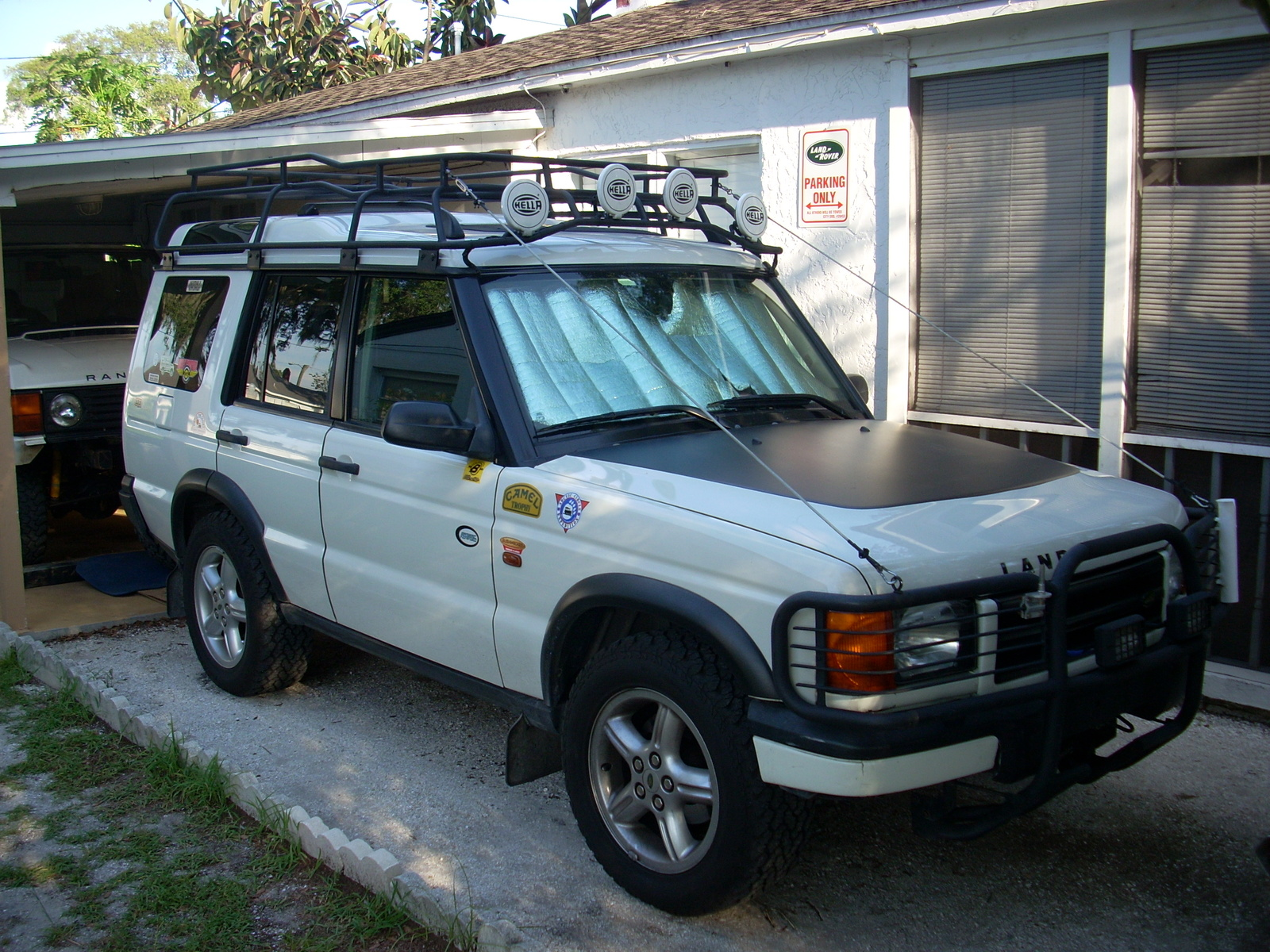 landrover celebrates gallery trophy rover sale camel discovery for years photo s land photos autoblog in u the