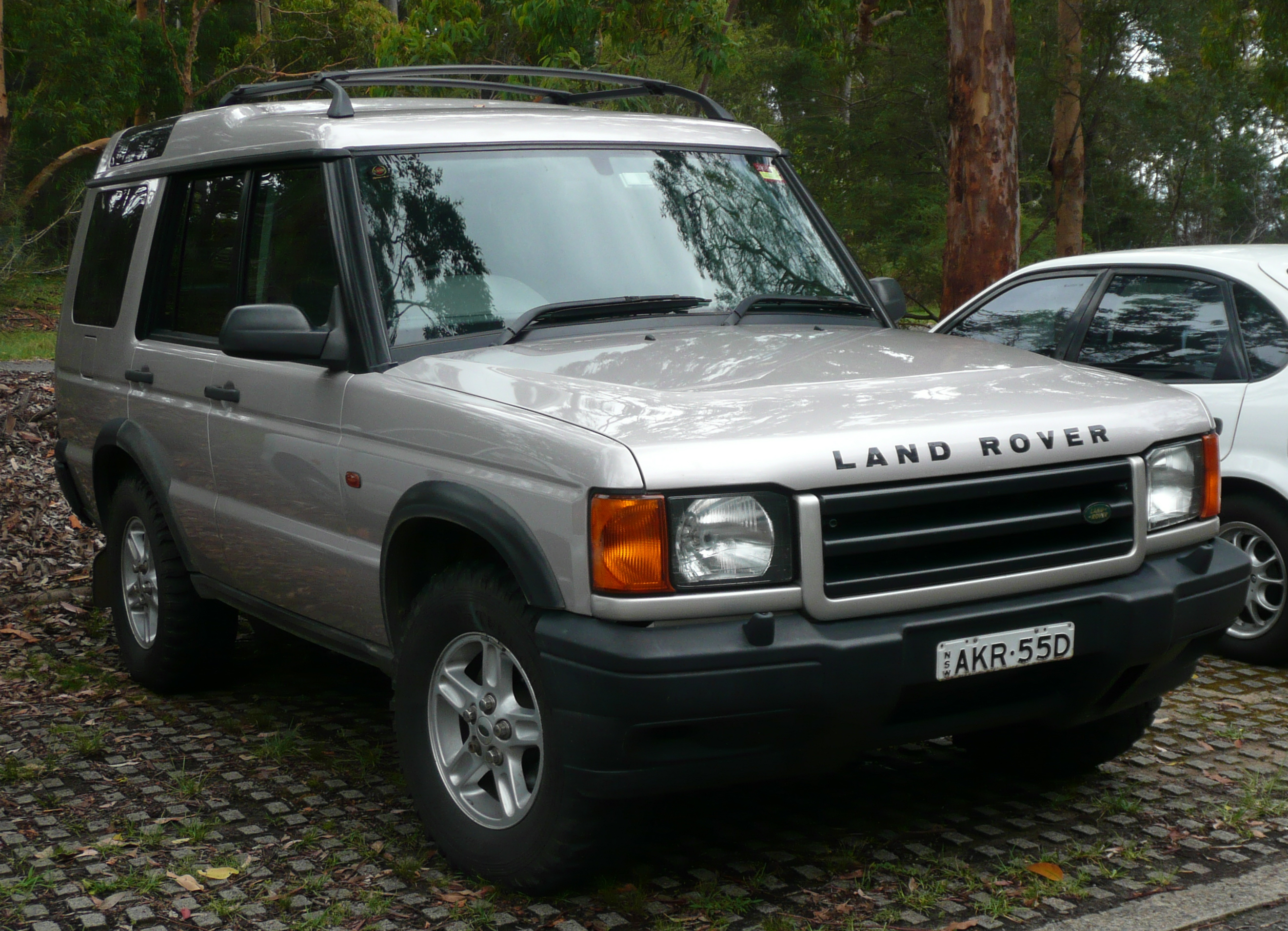 Land Rover Discovery 2000 photo - 2