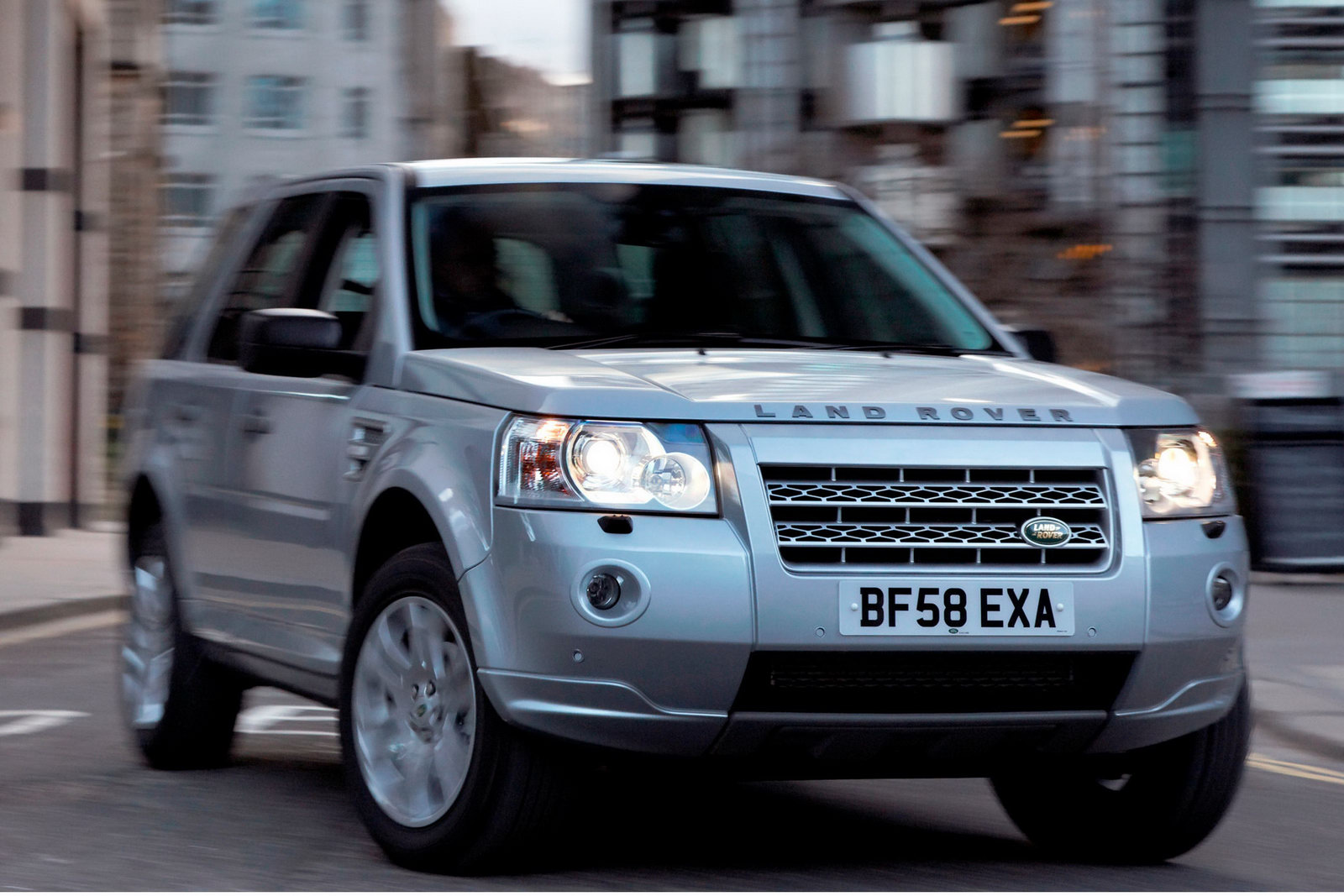 Land Rover Freelander 2010 Review Amazing Pictures And