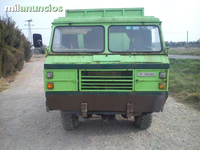 Land Rover Santana 2000 photo - 2