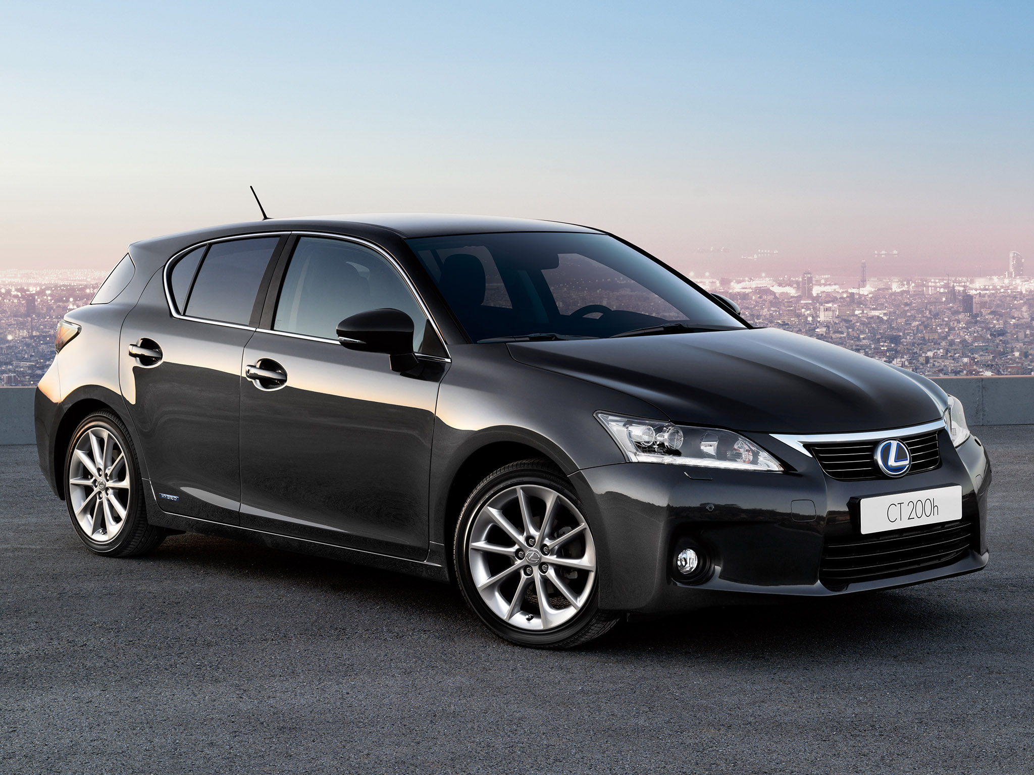 Lexus ct 2010 photo - 3